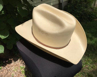 90f7fccdd0b Milano Straw Cowboy Hat Larry Mahan Collection Ostrich Hatband with Buckle  Size 7.25 Cattleman Style 1980s Made in Texas