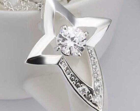 Silver Star Cross Necklace CZ Look Big Center Crysal Fashion Rhinestone Starburst Pendant for Woman Girls Chain Wedding Jewelry jewellery