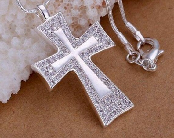 Silver Inset Cross Rhinestone Necklace Classic Cross with Rope Chain