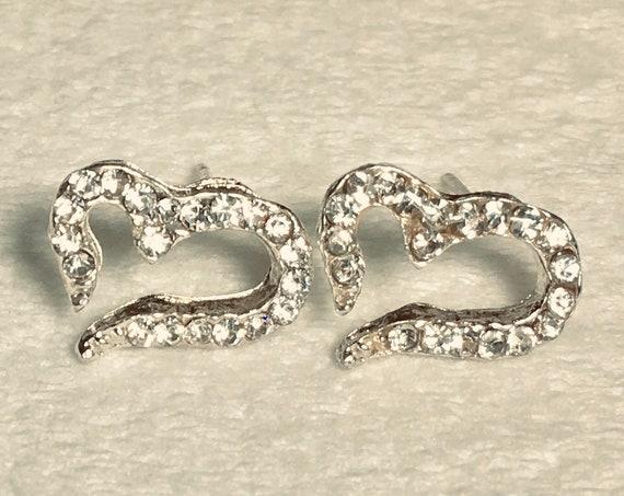Wonderful Cast Open Heart Crystal Cross Stud Earrings with Inlaid Rhinestones Wedding WOMEN