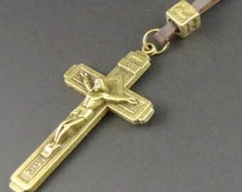 Brass Crucifix Cross of Jesus for Men Boys Brown Leather Draw Neckstrap Large Heavy Design Christian Jewelry Pendants jewellery