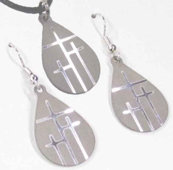 Earrings and Necklace Silver 3 Crosses of Calvary Tiny Teardrop 3 Cross Set Cross of Christ jewelry jewellery