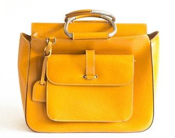 Vintage Gucci camel handbag
