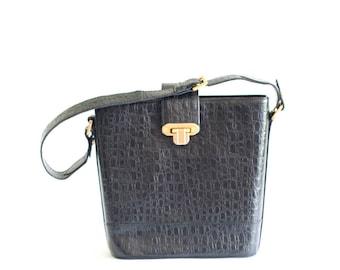 d2985dd92ef7 Vintage Valentino Garavani black handbag