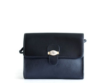 Simple but chic vintage Christian Dior black leather crossbody bag