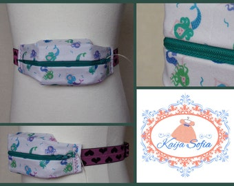 Mermaids on white insulin pump belt with black and pink hearts elastic.  Size 1.