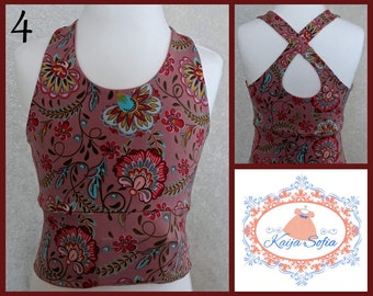 Insulin pump crop top to fit approximately age 4.  Dusky pink floral fabric.