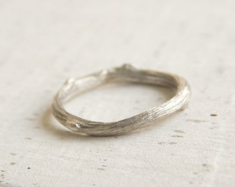 Silver Twig Ring, Twig Wedding Band, Silver Branch Ring, Silver Twig Ring, Silver Stacking Rings, Unique Wedding Bands, Nature Inspired Ring
