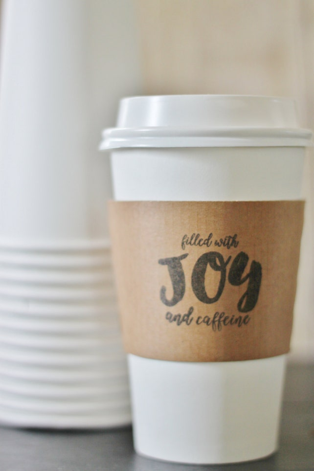 Sets 12 Kraft Sleeves Filled with JOY and caffeine - Christmas Party Holiday - Winter Wedding