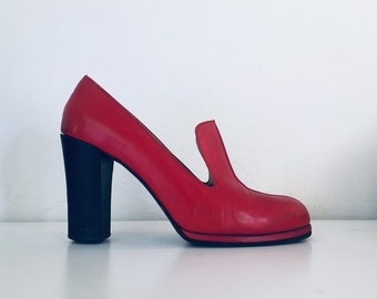 fd87b6a6b6d973 70s Red Platforms Chunky Heel Pumps 8.5 9 M 40 made in Italy by Paco Paco