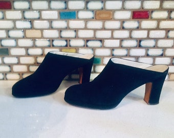 85a8925d3685 60s Black Mules Shoes Suede Leather Chunky Heels Size 7 B 37 made in Italy  by Hudson s