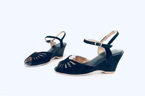 40s Wedge Sandals Black Suede Leather size 6 M 36