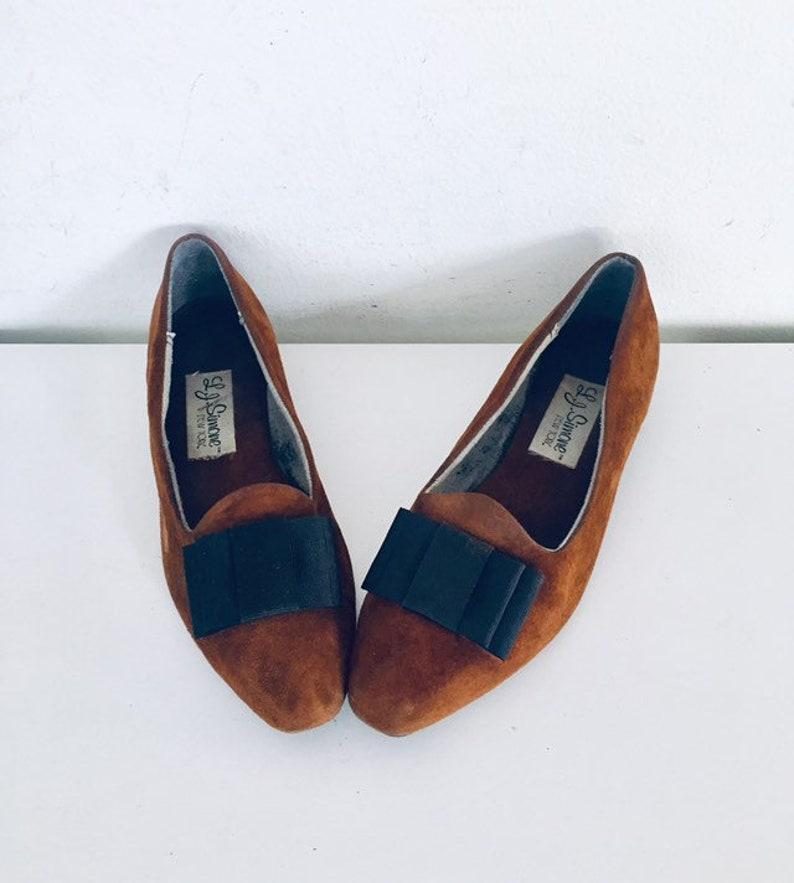 6176ff3f4f3b0 80s Flats Rust Suede Shoes size 7.5 37 38 by L J Simone of New York