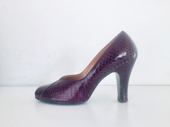 40s Snakeskin Pumps Shoes Size 7 B 37 Reptile by Q