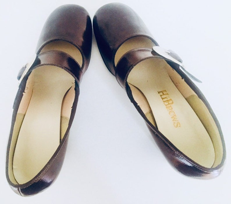 f6adfffc479aa 60s Mary Janes Brown Patent Leather Vinyl Buckles Round Toe Chunky Heel 7 M  37 by Hi Brows in Original Box