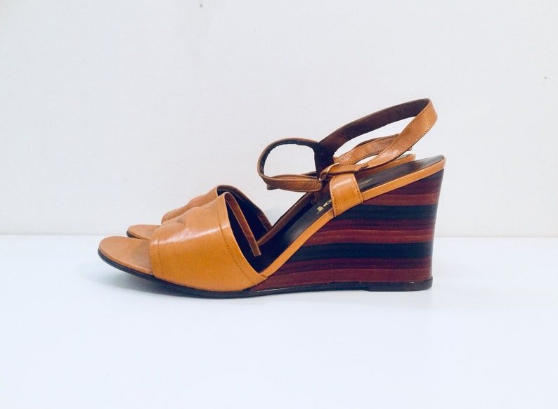 742711287a3e 80s Wedge Heels Leather Sandals made in Spain 8.5 1 2 B 39 40