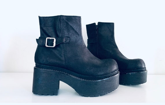 90s Black Platform Boots Leather Fitted Ankle Boot