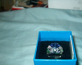 Vintage Fine Jewelry, Designer Signed Victoria Wieck Ring, Sterling Silver, Genuine Gemstones, Purple,  Dragonfly on side