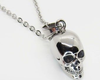 Mens Skull Necklace Skull Pendant Mens Accessories Skull Jewelry Mens Jewelry Longhorn Skull Necklace Feather Necklace