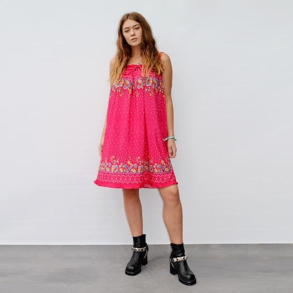Vintage 80's Bright Floral print Pleated Dress
