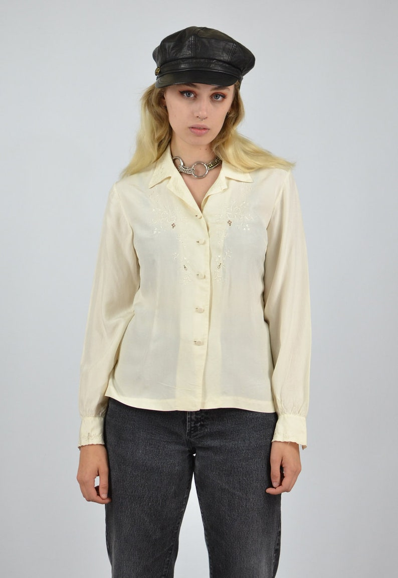 Vintage 80/'s Silk Cream Floral Embroidered Blouse