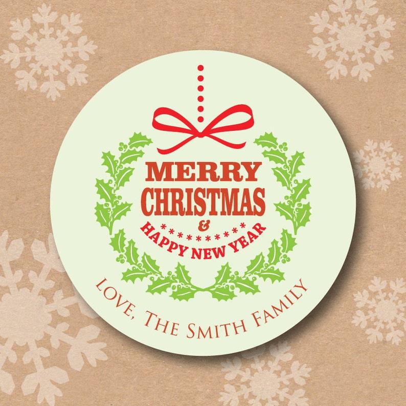 Frohe Weihnachten Etiketten.Weihnachten Aufkleber Personalisierte Runde Urlaub Geschenk Etiketten Frohe Weihnachten Frohes Neues Jahr Kranz Benutzerdefinierte Urlaub Geschenk