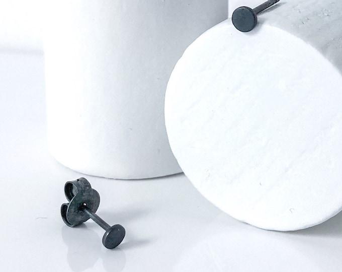 BASIC MINI DOT earrings black satin - earrings in oxidized silver