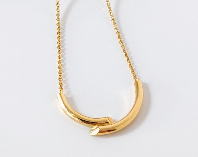 DOUBLE TROUBLE necklace in GOLD