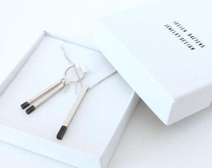 Dip dye bar necklace, minimalist pendant necklace, line neklace