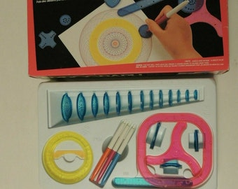 Vintage Spirograph Design Toy Kenner 1993 Complete