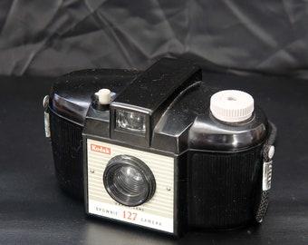 Vintage Kodak Brownie 127 Model 2 Roll Film Camera