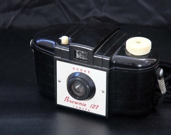Vintage Kodak Brownie 127 Model 1 Roll Film Camera