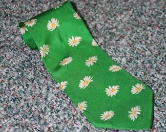 100/% Silk Exclusive collection Countess Mara Mens Necktie Mallory Floral Neat