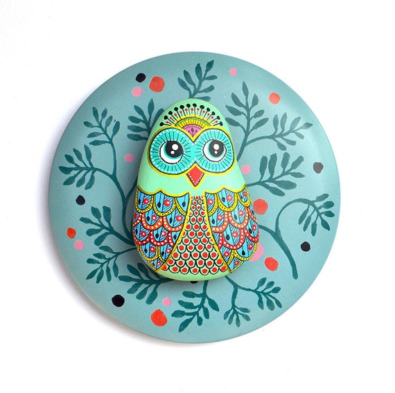 Owl No.8 - Hand Painted Stone - I Sassi dell'Adriatico (Adriatic Sea Stone)