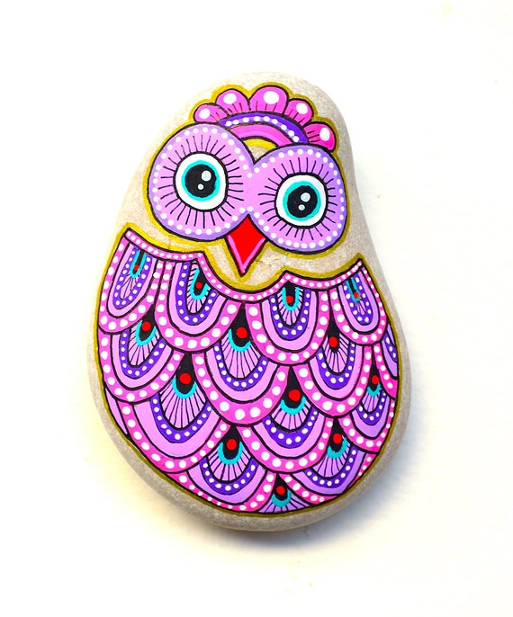 Owl-Hand Painted Stone *Sassi dell'Adriatico (Adriatic Sea)