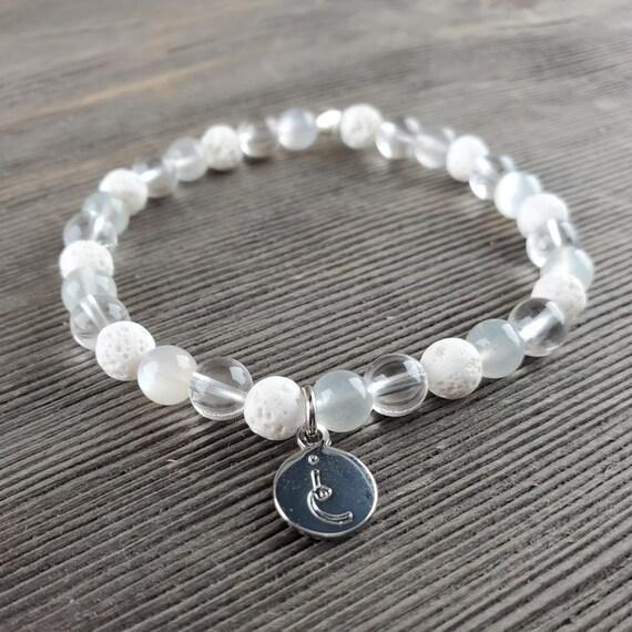 Source Connection (Crown), Gemstone Bracelet