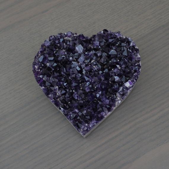Beautiful AA Quality Semi-Polished Uruguayan Amethyst Heart HRT1-006
