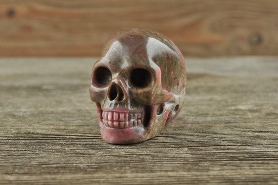 Rhodonite Crystal Skull, Mini! Halloween Decor, Skull Decor, Gothic Home Decor, Memento Mori, Goth Decor, Crystal Decor
