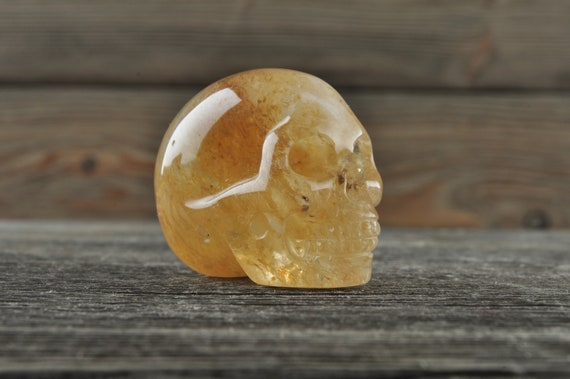 Beautiful and Unique Smelt 'Quartz' Skull, Mini