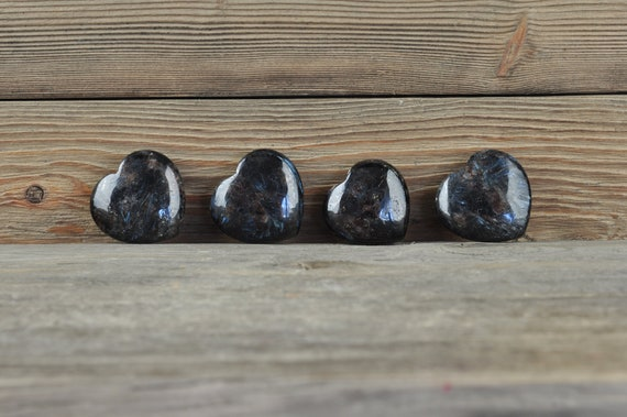 Natural Arfvedsonite Hearts