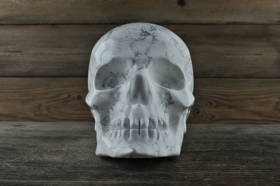 PREORDER: Amazing Howlite Crystal Skull, 5 inches!