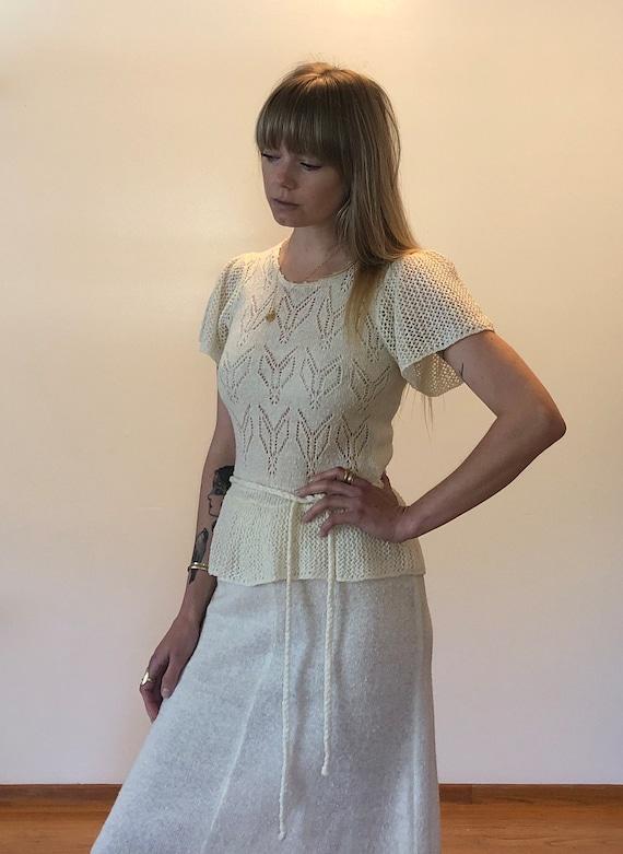 Vintage knit tie waist dress