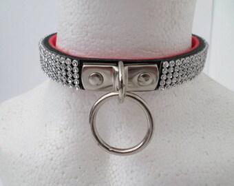 Classy bondage collar
