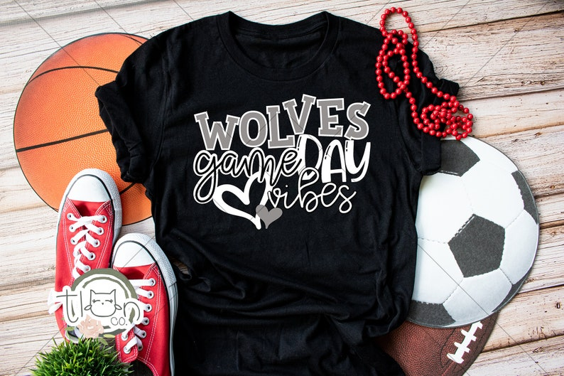 School Spirit T-Shirt  Wolves Game Day Vibes Heather Black