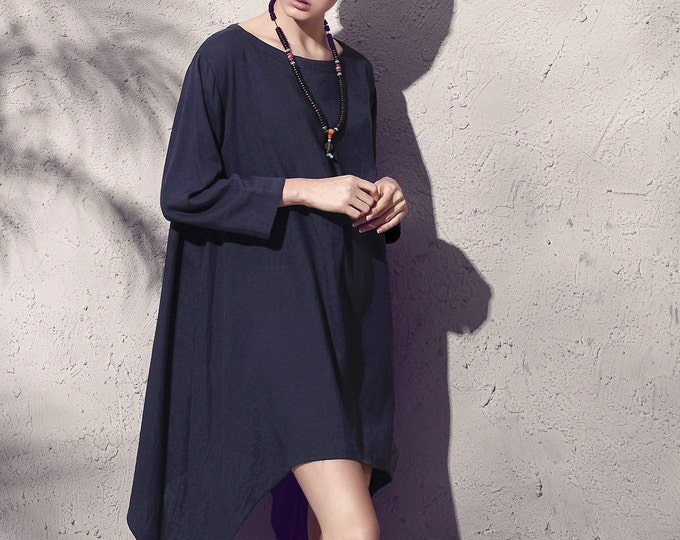 Linen tunic - Spring / Summer tunic - Long sleeve tunic - Flared tunic - Asymmetrical base - Neck Round - Made to order