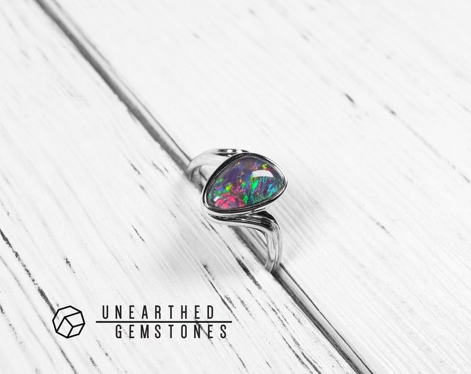 Size 7.5 Genuine Opal Ring 17sep7503