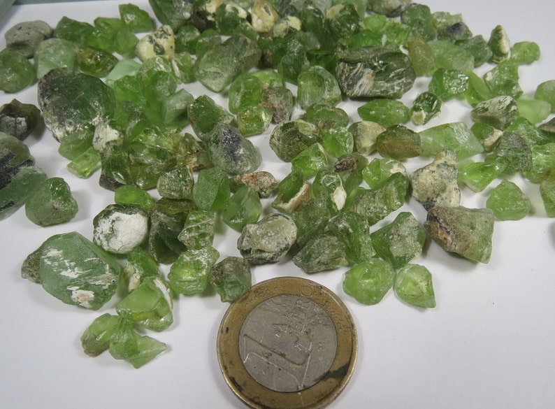 Peri 505 carats whole sale mix green peridote rough lot Pakistan