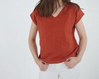 Simple V-necked sleeveless linen top Linen tank top Basic linen top Linen blouse in V neck