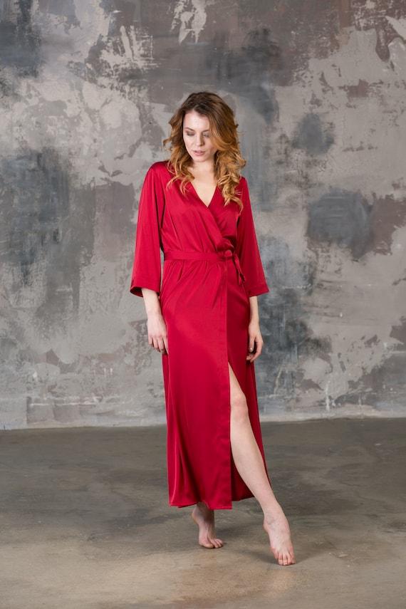 rote robe rot morgenmantel rot satin robe rot brautjungfer etsy. Black Bedroom Furniture Sets. Home Design Ideas