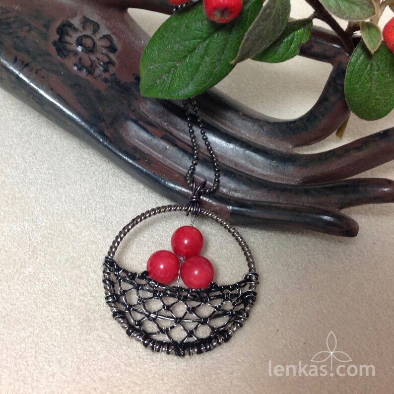 Three Red Berries Pendant Silk Steel Wire Coral Beads  image 0